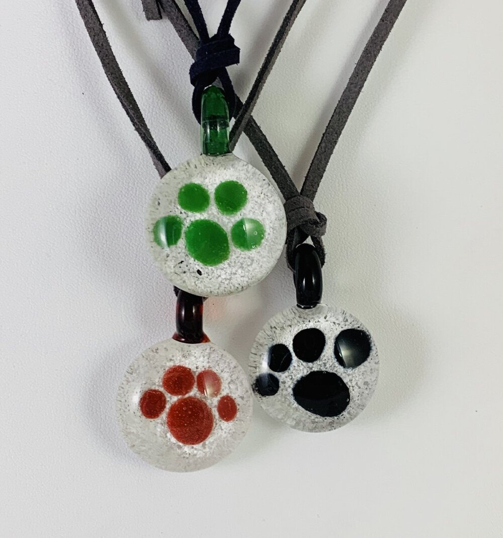 Glass House Experience Pet Memorial Pendant
